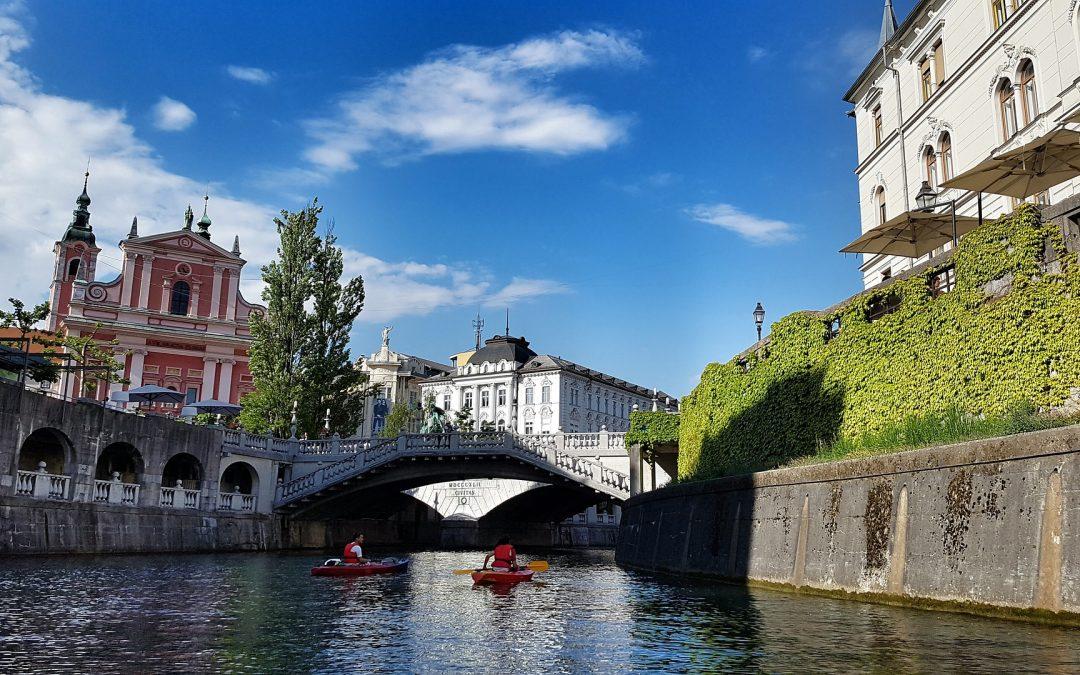 Pouk na daljavo – Life in Slovenia